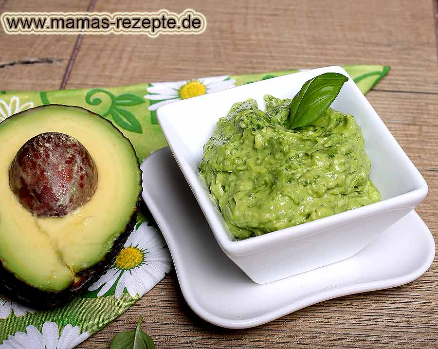 avocado pesto rezept mamas rezepte mit bild und kalorienangaben. Black Bedroom Furniture Sets. Home Design Ideas