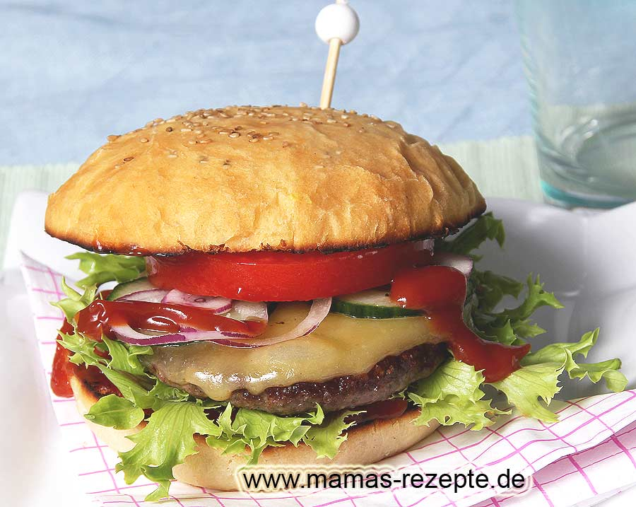 cheeseburger rezept mamas rezepte mit bild und kalorienangaben. Black Bedroom Furniture Sets. Home Design Ideas