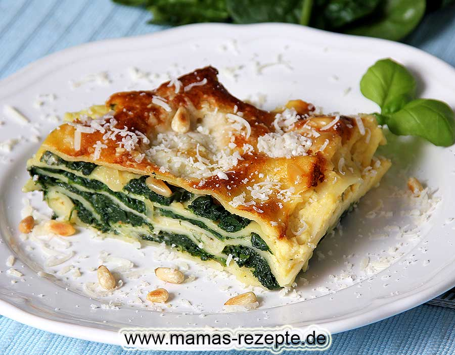 spinat lasagne mit pinienkernen mamas rezepte mit bild. Black Bedroom Furniture Sets. Home Design Ideas