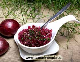 Rote Zwiebeln pikant
